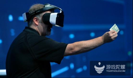 英特尔IDF2016猛料:一体机Alloy、无线Oculus头盔、2.5KG Intel VR背心等