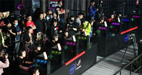 """华硕发布定制""""吃鸡""""硬件解决方案,已成中韩职业战队比赛设备"""