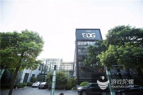 对话EDG:收入与竞争,顶级俱乐部是如何全面备战火爆的中国电竞?