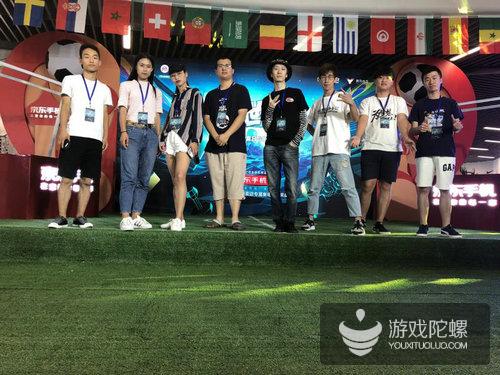 世界杯还未来临,狂欢已然开始,电竞世界杯京东赛道决赛开启!