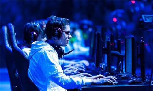 2023年,全球电竞市场规模预计达到21.7亿美元