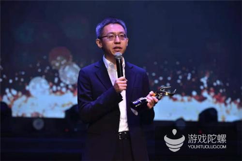"""三七互娱李逸飞获评""""2017年度金牛企业领袖奖"""""""