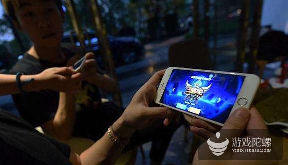 广电总局发布《未成年节目管理规定》:不得宣传介绍不利于未成年人身心健康的网络游戏