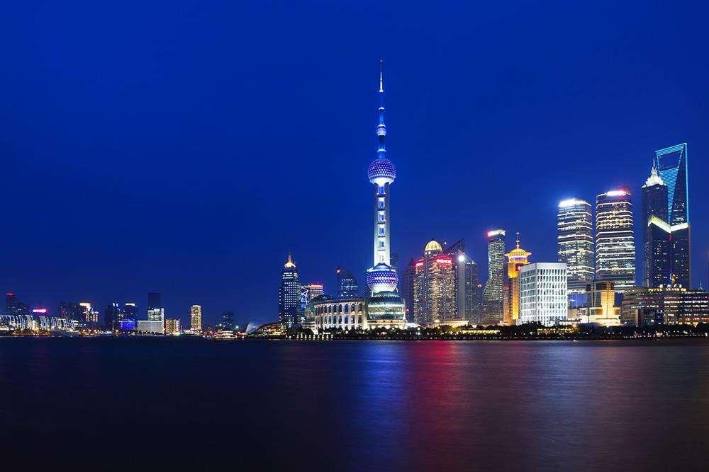 上海市政府办公厅印发《上海市促进在线新经济发展行动方案》,深化发展网游手游等互动娱乐产业