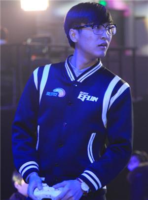 《枪火前线》全国冠军吴鹏程