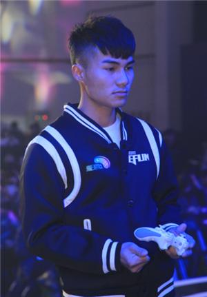 《拳皇97高清版》全国冠军郑嘉杰